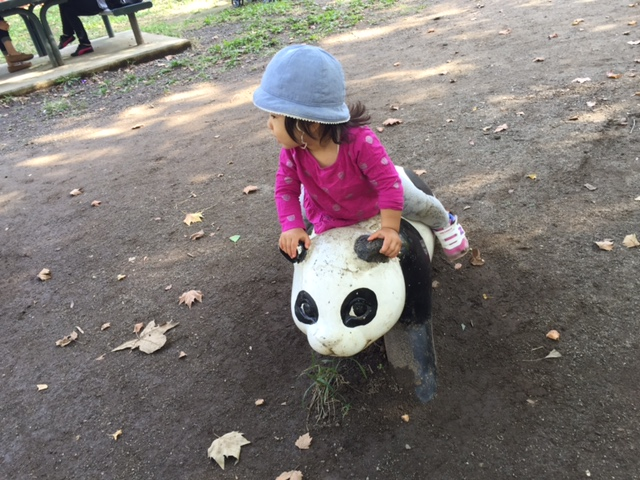 公園から帰りたくない子どもを叱らずに、笑顔で一緒に帰る方法