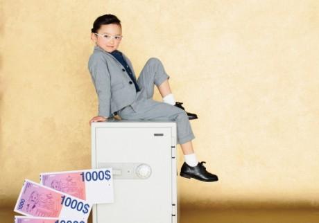 共働き家庭はお金が貯まりにくい、は本当?