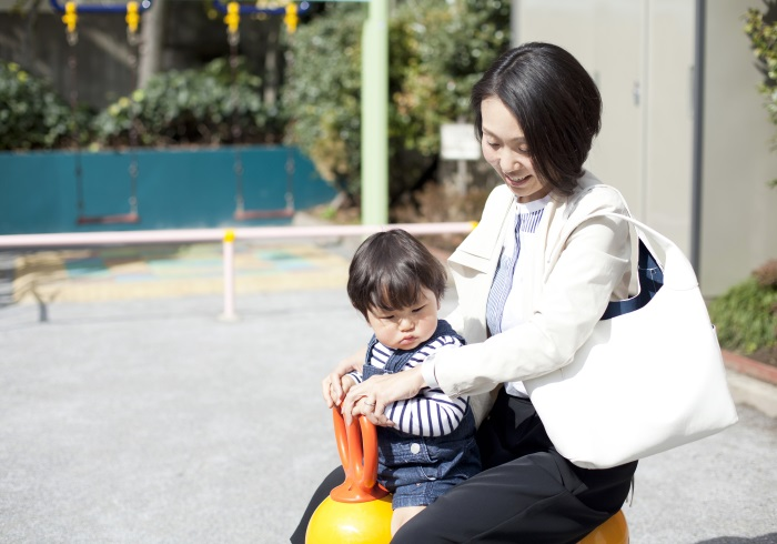 話題のウェアラブル端末「SmartBand Talk」 × Hanakoママ <br>働くママの新必須アイテム発見!