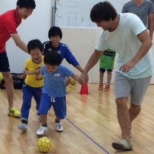 <span>おでかけニュース【神奈川】</span> 2歳から参加できる。ママと一緒もOK!の親子サッカー教室