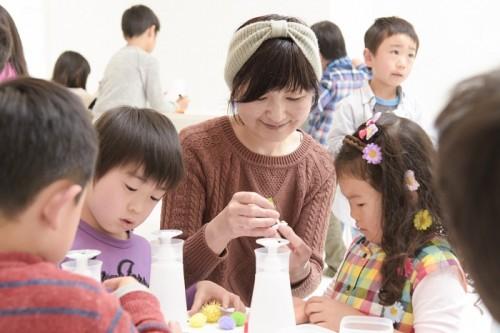 先生は、本誌でもおなじみのイラストレーター、宮川いずみさん。