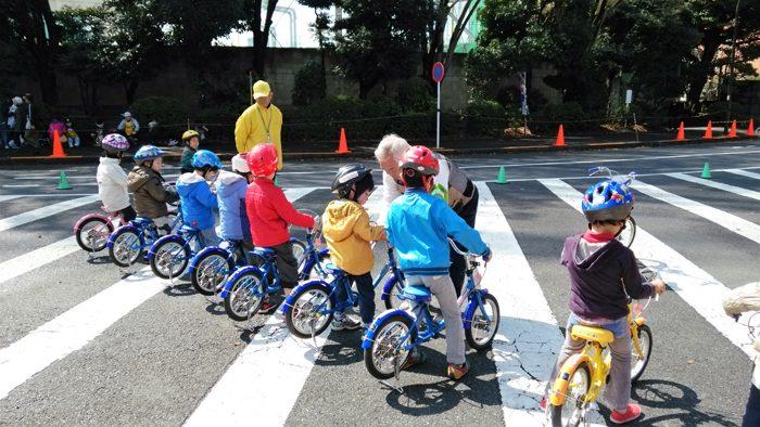 2時間で乗れるように!? 忙しいママにオススメの自転車教室