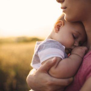 <span>働くママのLOVE & BEAUTY</span> 産後の胸とお尻。放っておくと、下垂が加速するって知ってた?