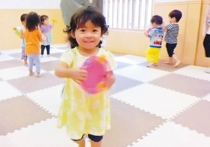 バレエやライブ。リズムに合わせて体を動かすワークショップ