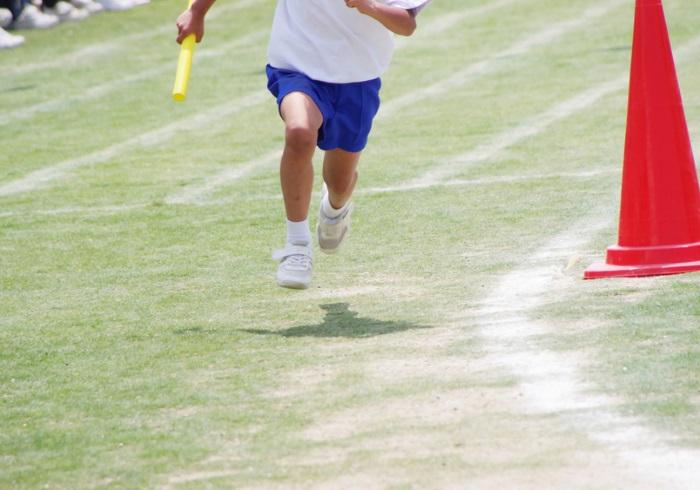 運動会までに練習したい。かけっこで速く走れる方法