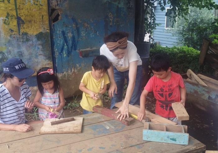 陽が暮れるまで子どもと遊ぶ毎日。descendant デザイナー・西山美希子さんの1日