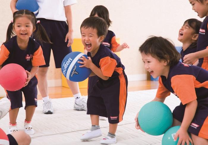 キッズの運動能力をのばすには5歳から。おすすめスクール案内