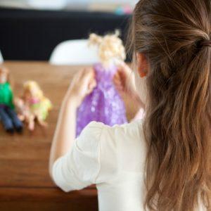 <span>編集者の取材エピソード</span> 平日の子どもと過ごせる時間、満足してますか?