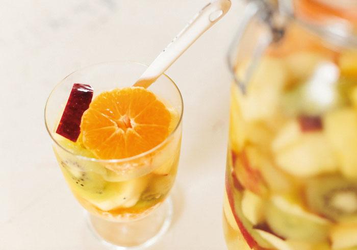 好きなフルーツたっぷり入れて。カラフル・フルーツポンチ【キッズと作るパーティレシピ・9】