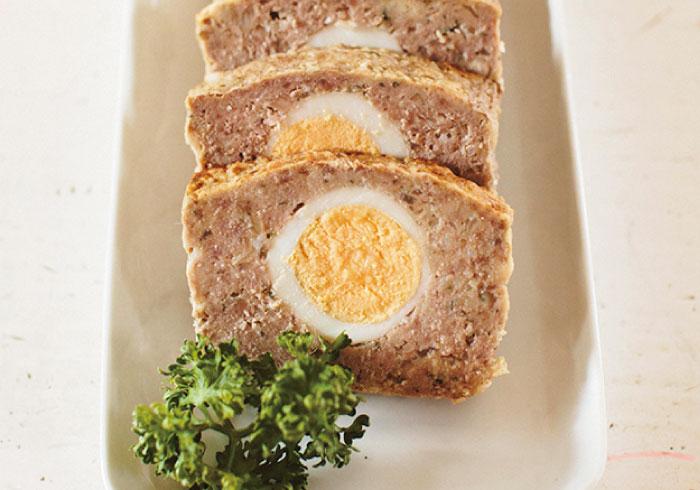 ゆで卵がポイント。お日様ミートローフ【キッズと作るパーティレシピ・8】