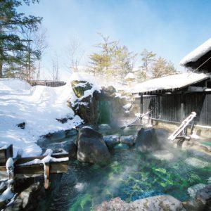<span>冬温泉&スキー特集・2</span> スキー場まで車で1分。草津温泉でゆったり親子ステイ&雪遊び