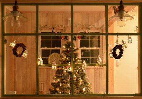 子どもと迎えるクリスマス。思い出深い写真を撮るには?