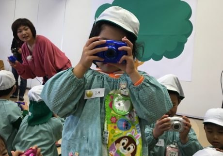 子どもの感性教育に「カメラ」が注目されている理由