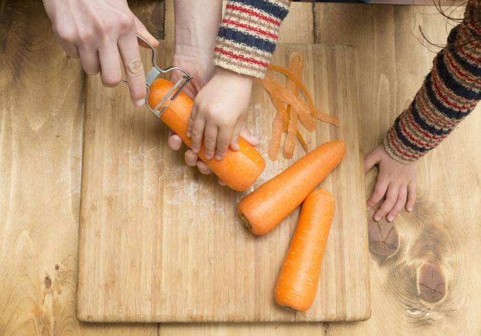 選んだり調理したりをいっしょに。子どもの野菜嫌い克服テクニック・3
