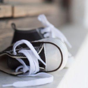 <span>ママはどうして働いてるの?</span> 靴を履きたがらないのは、この子の持って生まれた個性なんだ