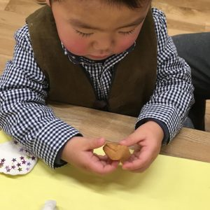 <span>関西子連れダイアリーvol.15</span> 親子一緒に楽しめる、博物館の木工ワークショップ