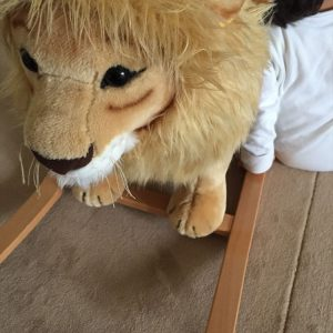 <span>編集部の取材エピソード</span> パリっ子の2歳男児が夢中になっているおもちゃを公開!