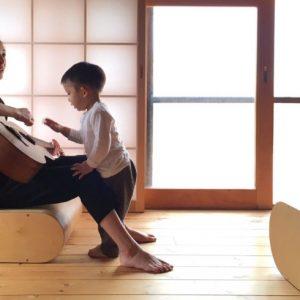 <span>おしゃれママの「数珠つなぎ」連載</span> 出産を機に東京から福岡へ。「CHIGO」オーナー、紺谷ちぐささんの子育て