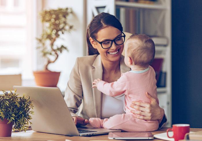 やっぱり多かった。産後1年未満で職場復帰したママは◯%【ママの本音のYES&NO】