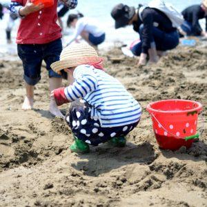 <span>おでかけニュース【スペシャル】</span> ママも子どもも夢中になる! 潮干狩り特集2017