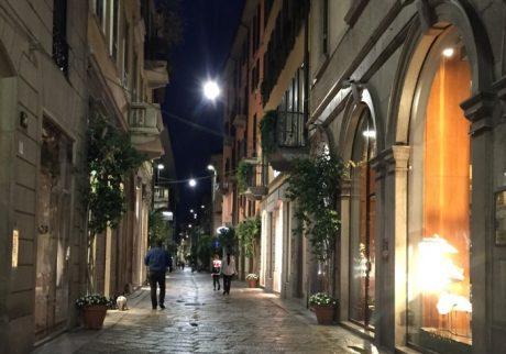 夫と子供をその場において、私は、ミラノの街に逃げた【坂上みきの「君はどこから来たの?」】