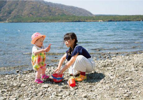 楽しいからこそ気をつけて。子どもの水辺遊びの注意ポイントまとめ