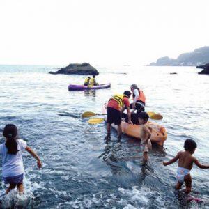 <span>水辺のキャンプ特集6</span> 子どもは海が大好き! 海辺のキャンプ場おすすめ3エリア