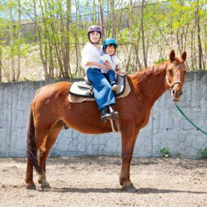 <span>北海道、夏温泉特集2</span> 乗馬トレッキングに火山ウォッチ。洞爺湖周辺の見どころ【北海道、夏温泉特集】