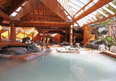 水着で入れる屋外スパや大型プール。関東近郊のキッズウェルカムな温泉【栃木・茨城】