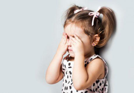 大人になりたくない、と毎日泣く4歳の娘。どう向き合ったらいい?