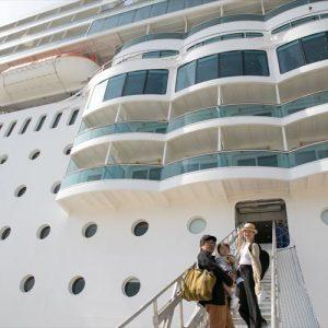 <span>豪華クルーズ旅レポート・1</span> ホテルごと旅する感覚!? 子連れクルーズ旅を選ぶファミリーが増えている理由【「コスタ ネオロマンチカ」乗船レポート】