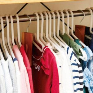 子ども服の衣替え。はじめる時期と捨てるタイミング、収納方法は?