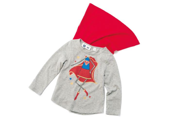 ハロウィンにも使える! 赤いマントがついたギャップのTシャツ