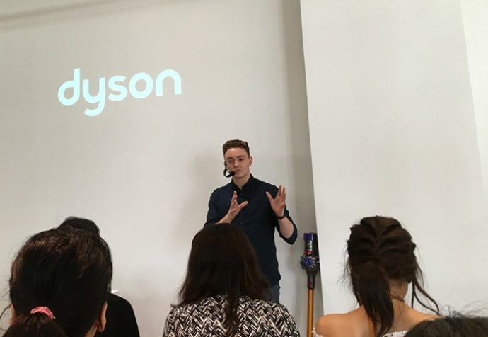 dyson9