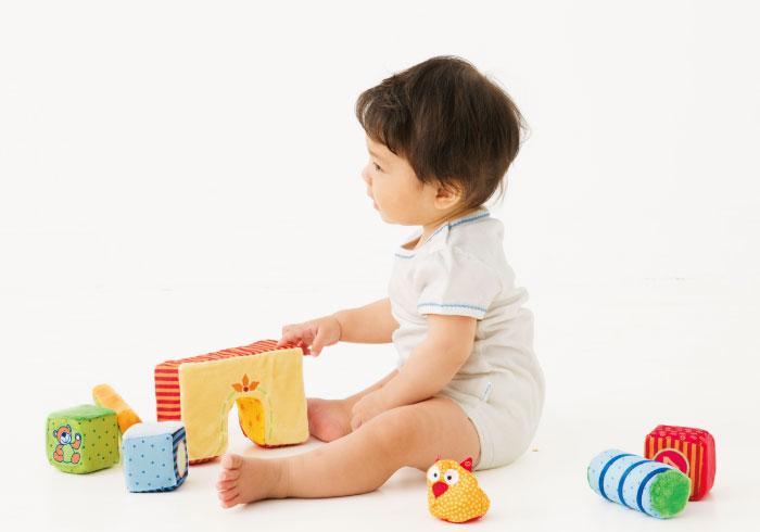 子どもが夢中になれる! ボーネルンドのおもちゃガイド【0~1歳向け】