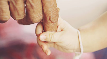世界一の「少子高齢化」の国で、子どもたちをどう育てるか【細川珠生の子育 …