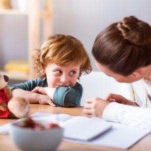 <span>取材エピソード</span> 「○○してはダメ!」では子どもは混乱。言うことを聞いてもらう3つのコツ