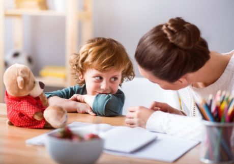 「○○してはダメ!」では子どもは混乱。言うことを聞いてもらう3つのコツ