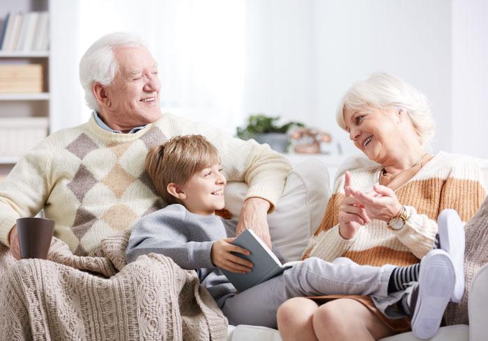出産をきっかけに、義両親との関係は変わるもの?【ママの本音のYES&NO】