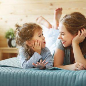 <span>ママの気持ち、ホントのところ</span> 「ママ」それとも「おかあさん」? 子どもから何と呼ばれたい?【ママの本音のYES&NO】