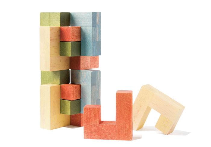 積み木?ブロック?立体パズル? 大人も夢中になる、クリエイティブな玩具