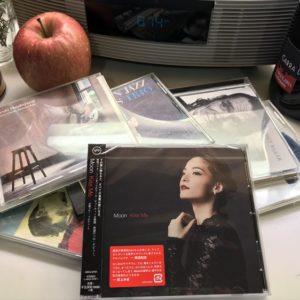 <span>坂上みきの「君はどこから来たの?」・25</span> 息子を育てた音楽。キッチンに常備している5枚のCD