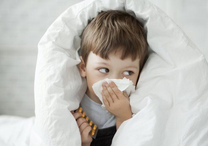 部屋に花粉を持ち込まないために。家族で守りたい4つのこと