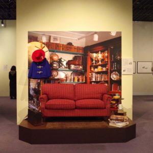 <span>おでかけレポート</span> 「生誕60周年 くまのパディントン(TM)展」スタート! 見どころいっぱいの会場をレポート
