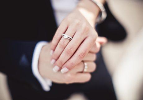 「選択的」な夫婦別姓の制度って?【細川珠生の子育て政治】