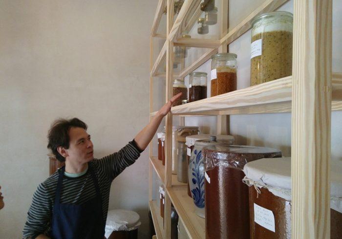 ビーツやアーモンドを使った味噌も。ベルリンの発酵調味料の店