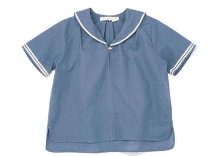 フランス発のブランド。仕立ての良いセーラーカラーのシャツ