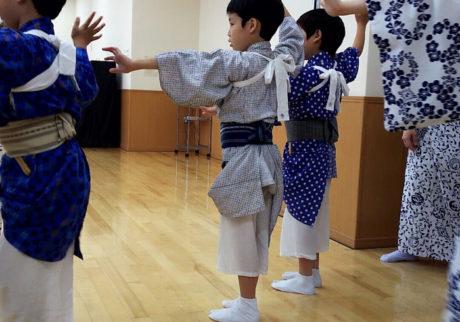 着物も自分で着られるように! 伝統芸能・日舞にチャレンジ!