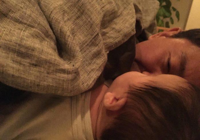 【チュートリアル福田の育児エッセイ・8】息子の顔が荒れた!!