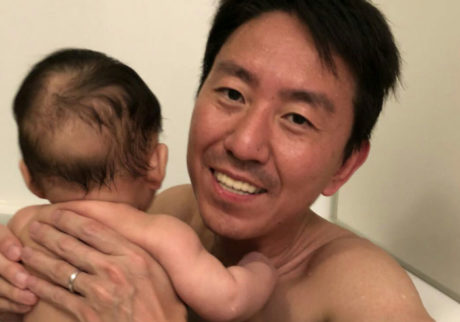 【チュートリアル福田の育児エッセイ・9】息子とお風呂に入って疑問に思うこと